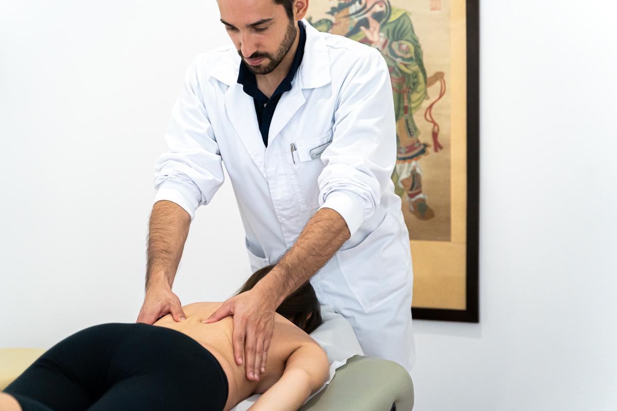 consulta osteopatia massagem dor coluna clínica josé fontes porto